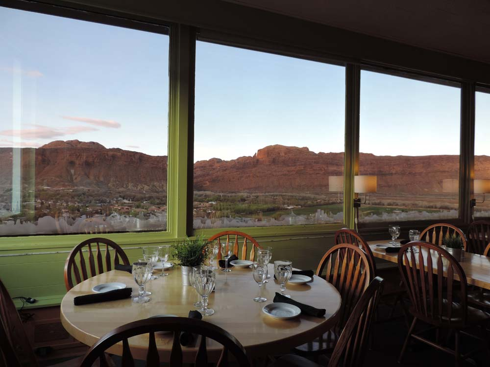 sunset grill restaurant moab utah. Black Bedroom Furniture Sets. Home Design Ideas